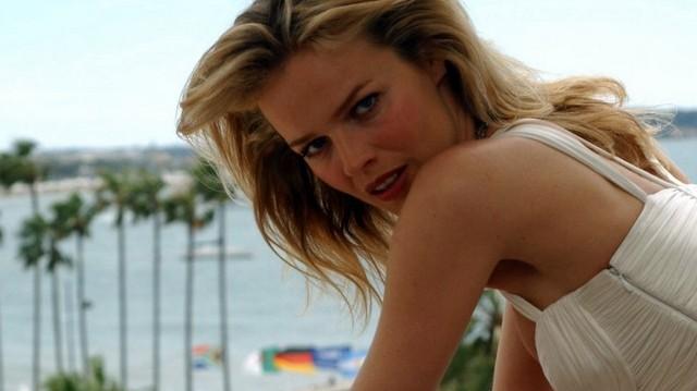 Milyen nemzetiségű Eva Herzigova topmodell, színésznő?