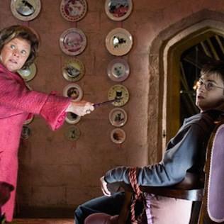 ...Weasley ikrek tönkretették az R.B.F. vizsgát.