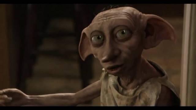 Miért fut el Harry elől Dobby? Azért,mert...