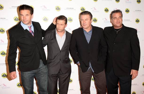 Alec, Daniel, William és Stephen Baldwin színész fivérek közül,  melyikük felesége volt,  Kim Basinger színésznő?