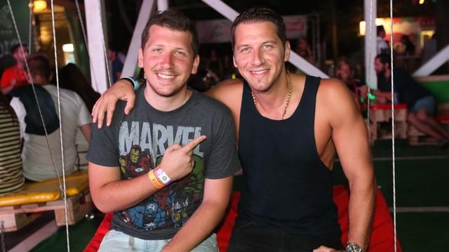 Vastag Csaba És Tamás énekes testvérek, melyik tehetséggondozó műsorban tűntek fel?