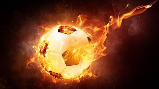 Ha döntetlenre végződik egy labdarúgó-mérkőzés, hosszabbítás következik. Az alábbiak közül hány perc ennek az időtartama?