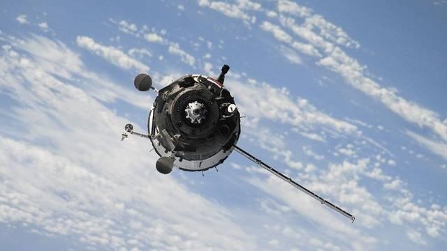 Melyik amerikai elnök indította el az űrversenyt 1955-ben?