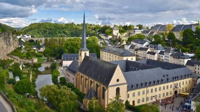 Válaszd ki Luxemburg fővárosát!