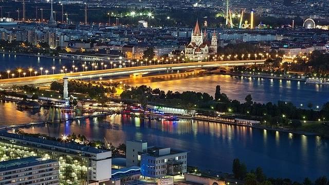 Melyiknek (is) nevezik Bécset az alábbiak közül?