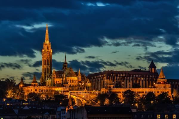 Hány év az öregségi nyugdíjkorhatár jelenleg Magyarországon?