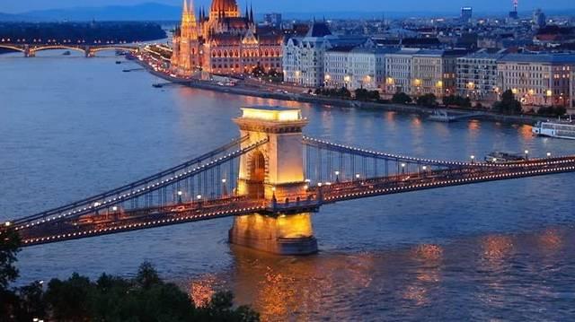 Mit gondolsz, körülbelül hány kilométeres a Duna magyarországi szakasza?