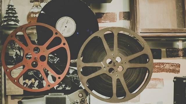 Melyik nem Spielberg-film az alábbiak közül?