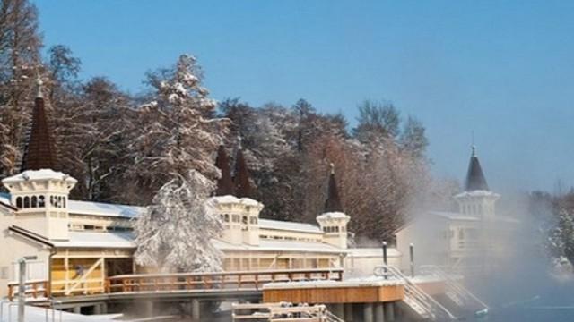 Télen befagy-e a Hévízi-tó?