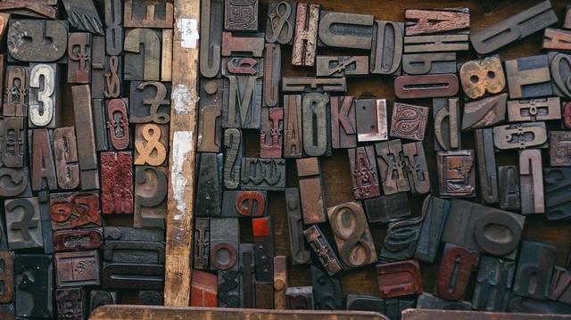 Melyik a legrégebbi teljesen magyar nyelvű szövegemlék?