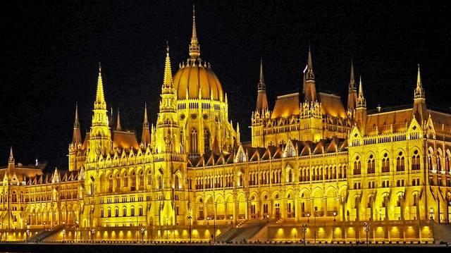 A világ hányadik legnagyobb parlamenti épülete a magyar Országház?