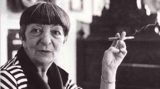 Anna Margit (Eredetileg Sichermann, aztán Sólyom) (Borota, 1913. december 23. – Budapest, 1991. június 3.) magyar festőművész, Ámos Imre felesége.