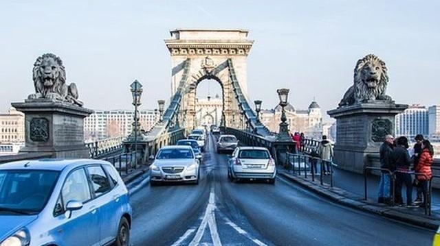 Melyik ez a budapesti híd?