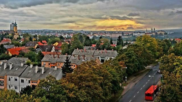 Melyik város nem a Dunántúlon található?