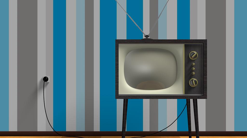 Mikor kezdődött a rendszeres tévéadás Magyarországon?