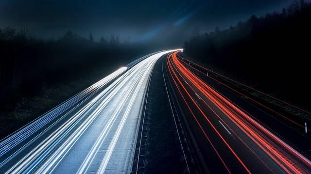 Melyik európai ország útjain nincs általános sebességkorlátozás?