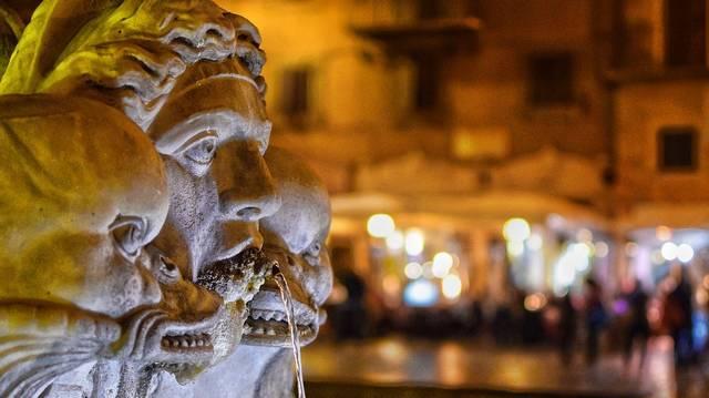 Az egyik legkiemelkedőbb római hadvezér és politikus volt Lucullus. Melyik élelmiszerünk egyik fajtája hallgat erre a névre, amelyet rómainak is neveznek?