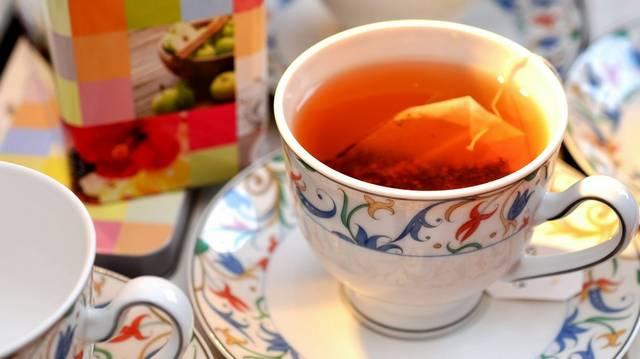 Mit adnak teájukhoz előszeretettel az angolok?