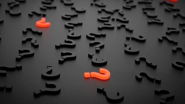 Melyik vallás nevezi Tórának Mózes öt könyvét?