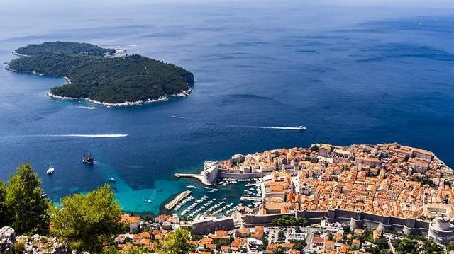 Dubrovnik melyik országban található?