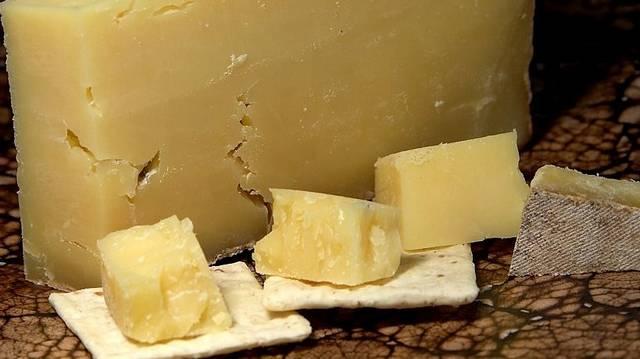 Melyik ország a cheddar sajt hazája?