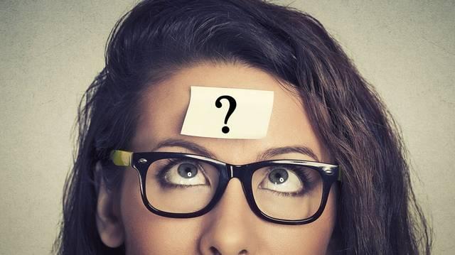 Mije van az egyenruhának, amit egy másik elnevezéssel használunk?