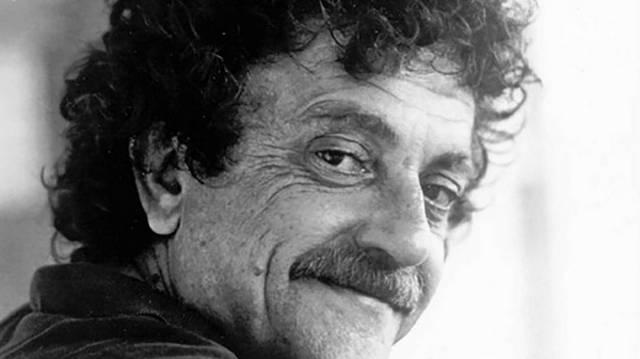 Melyik Kurt Vonnegut, világhírű amerikai író műve az alábbiak közül?