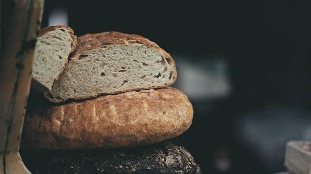 Egy hagyományos eljárással készült (kovászos) kenyér vegán?