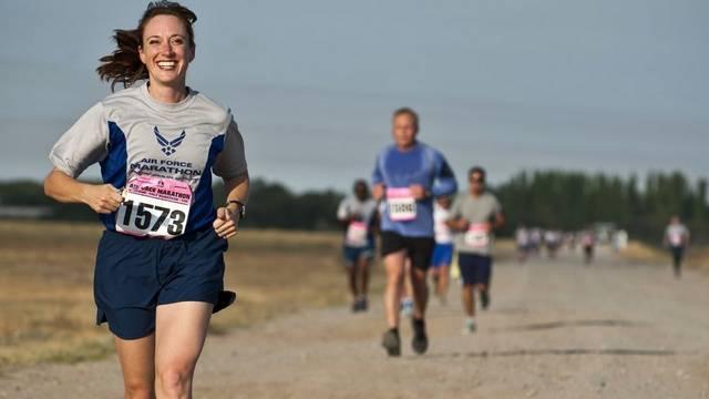 Körülbelül hány km a maratoni táv?