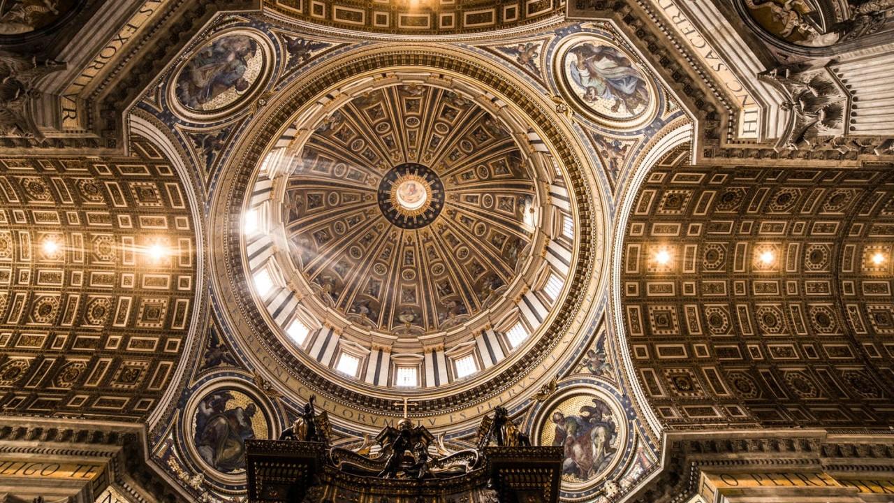 Ki volt megválasztásakor a legfiatalabb pápa?