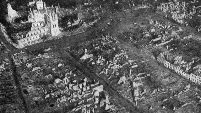 Az előző kérdést tovább szőve: azt tudjuk, hogy Uppsala Svédországban van, de azt is tudod, hogy az I. világháborúval kapcsolatban miről nevezetes a belgiumi Ypres?
