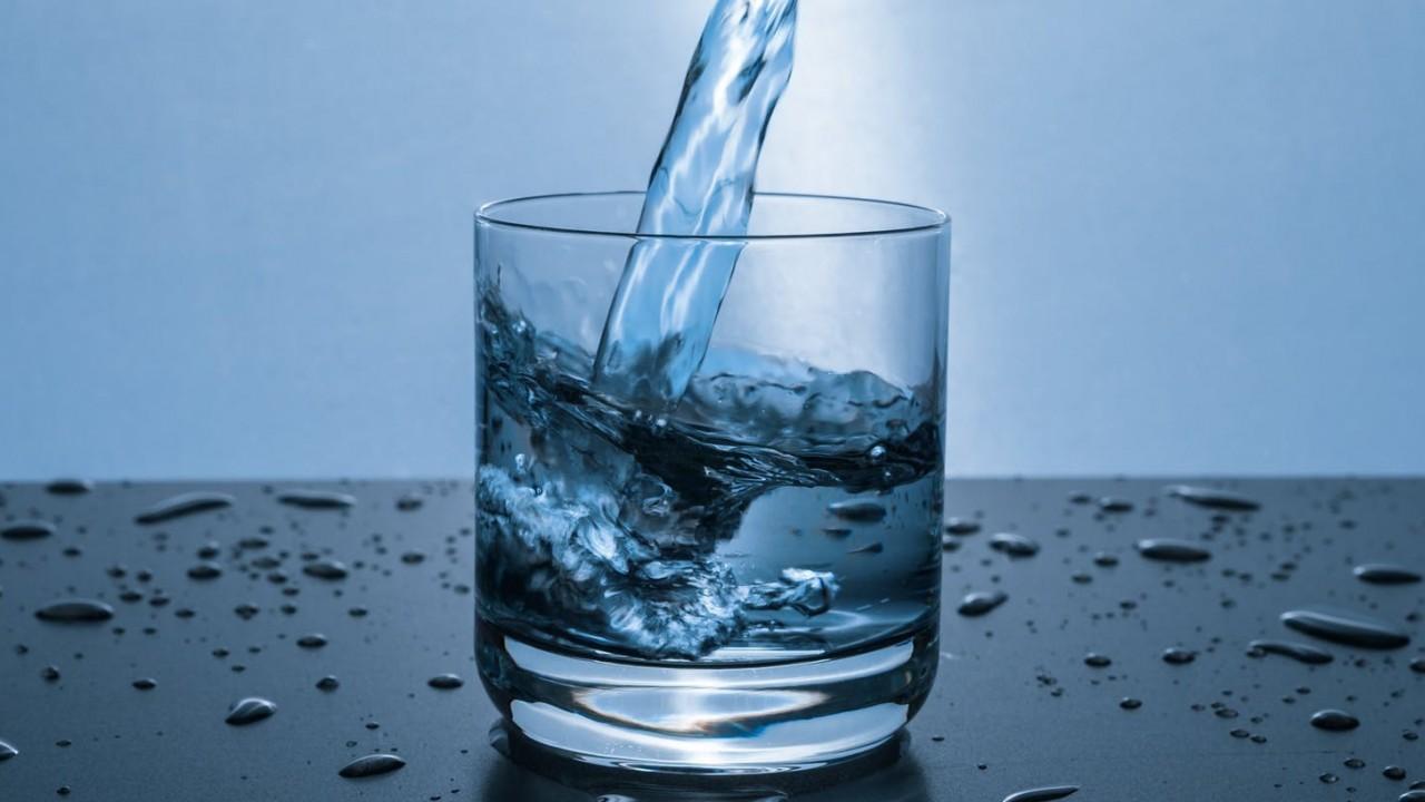 Melyik víznek magasabb az ásványianyag tartalma?