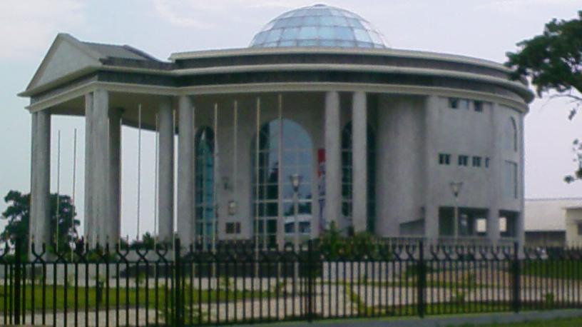 Melyik ország fővárosa Brazzaville?