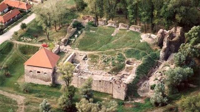 Melyik megyében található az Ónodi vár?