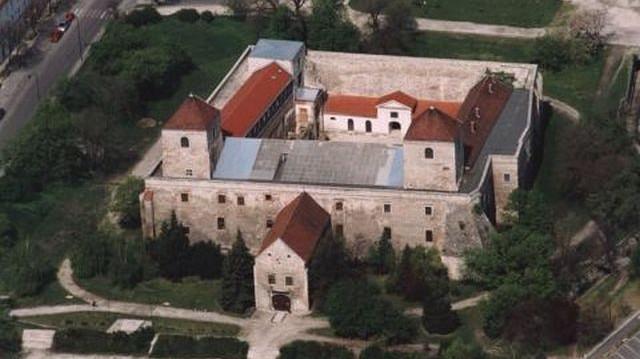 Melyik vár nem Szabolcs-Szatmár-Bereg megyében található?