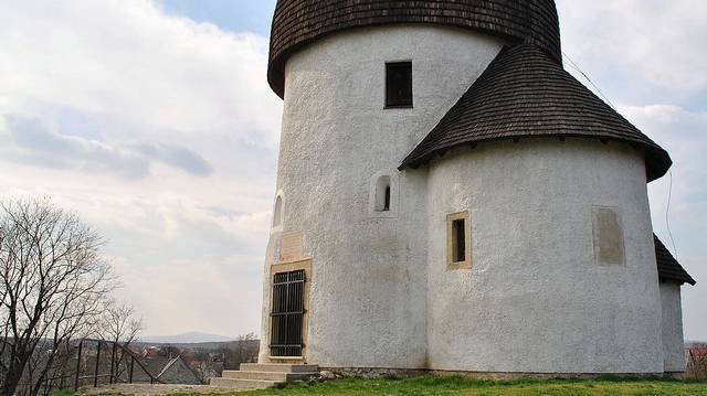 Melyik vár nem Somogy megyében található?