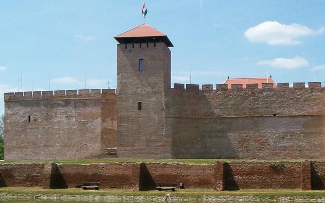 Akkor is tudod, melyik megyében járunk, ha egy várat vagy várromot adunk meg?