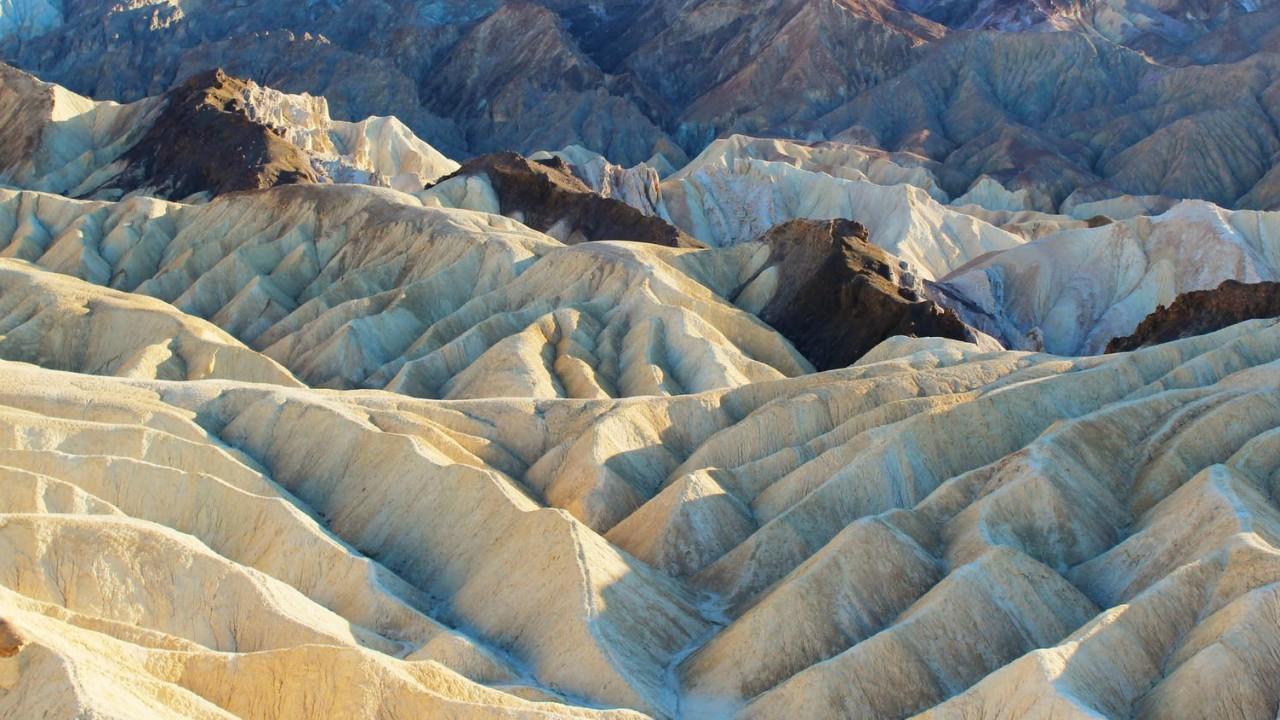 Melyik amerikai államban található Death Valley?