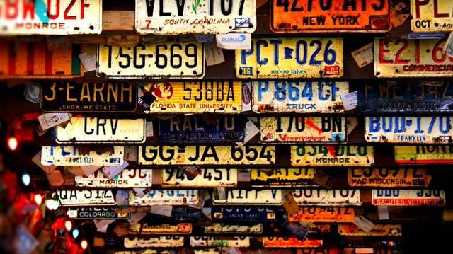 Melyik ország hivatalos autójelzése: TN?