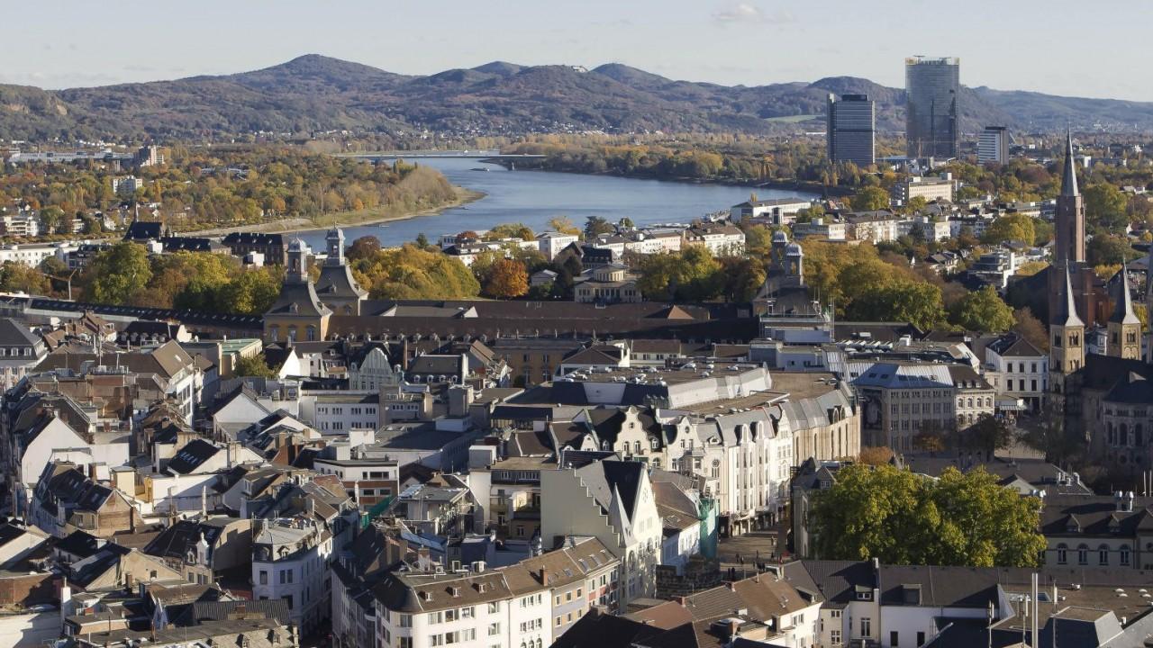 Mi volt Nyugat-Németország fővárosa?