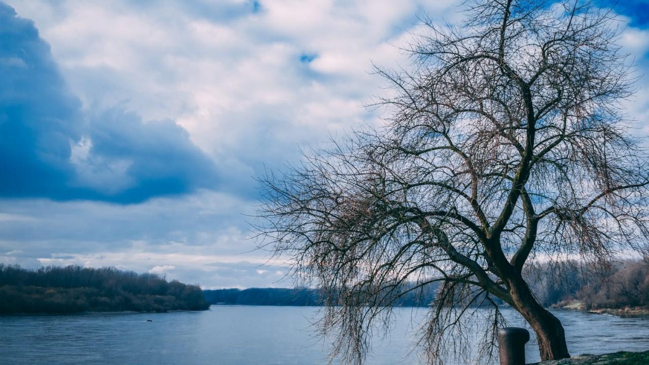 Melyik nem a Duna partján terül el?