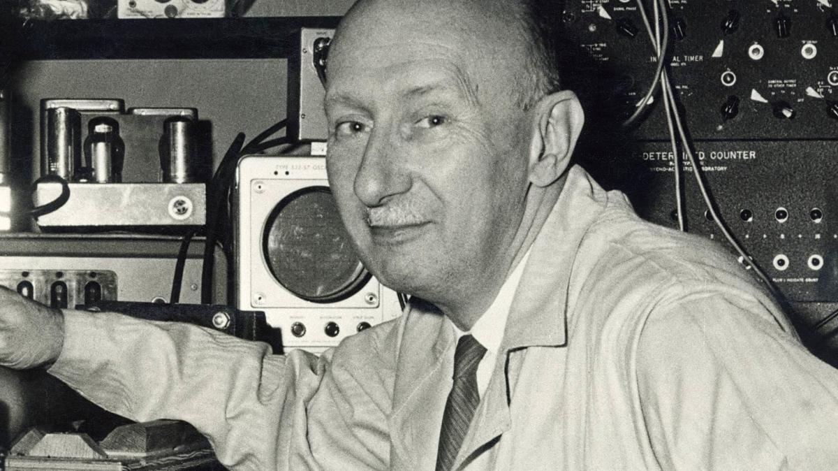 Milyen Nobel-díjat kapott Békésy György?