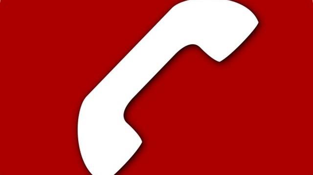 Melyik földrész tartozik a 2-es zónába a telefonos országhívó számok listáján?