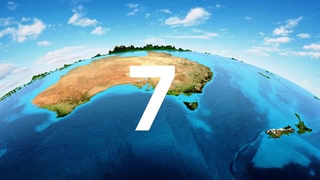 A Földet általában hét kontinensre (földrészre) osztjuk: Európa, Ázsia, Afrika, Észak-Amerika, Dél-Amerika, Ausztrália és Óceánia, valamint az Antarktisz.