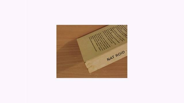 Melyik a Nemzet Művésze címmel kitüntetett, Kossuth- és József Attila-díjas írónk, költőnk, műfordítónk írói álnevei Nat Roid, Hc. G. S. Solenard?