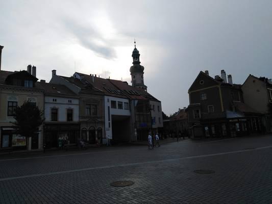 Első állomásunk Sopron. Mikor épült a soproni tűztorony?