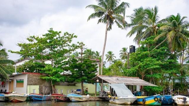 Melyik kontinenshez tartozik Srí Lanka?