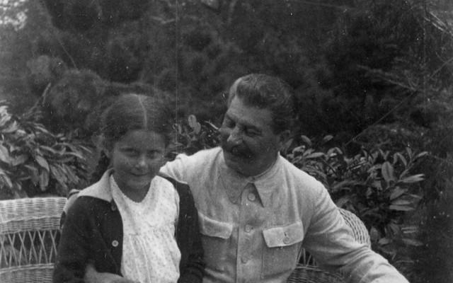 Ki volt Sztálin?