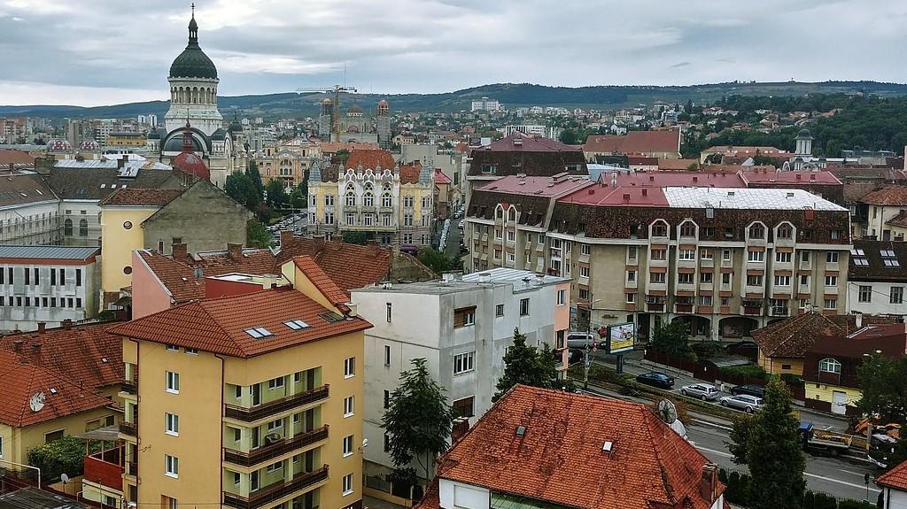Melyik operett szerint szép város Kolozsvár?