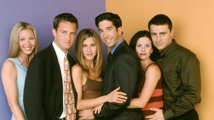 Kb. hány dollárt kapott a Jóbarátok 10. évadában, 1-1 epizódért?